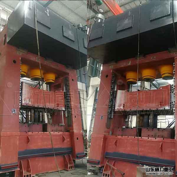 1200吨框架式通用液压机