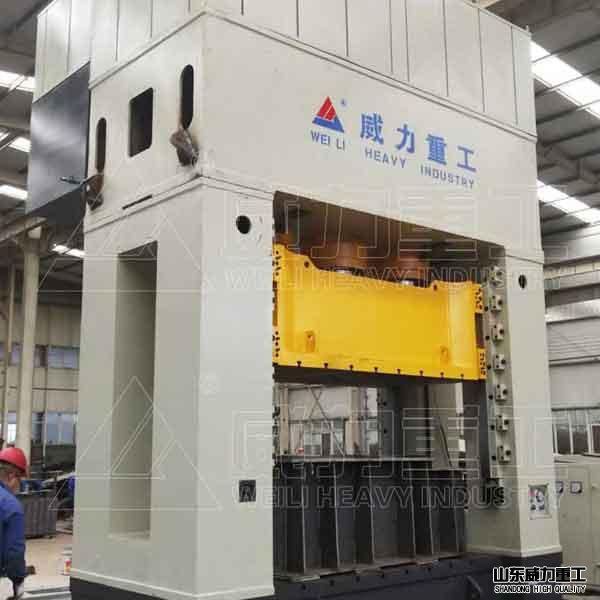框架式2000吨汽车覆盖件冲压生产专用液压机