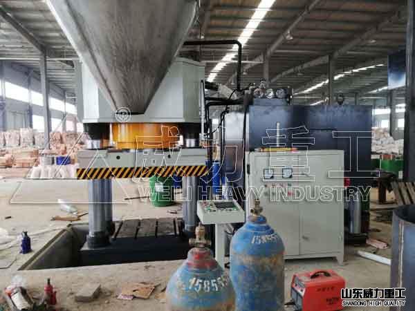 1200吨四柱液压机1200T耐火
