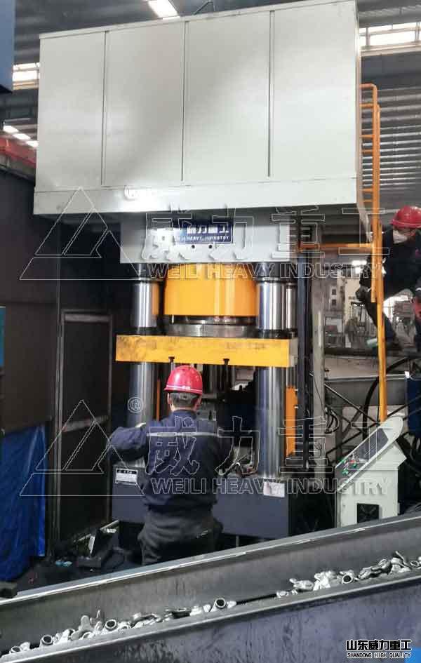 伺服1000吨四柱液压机,1000T锻造液压机
